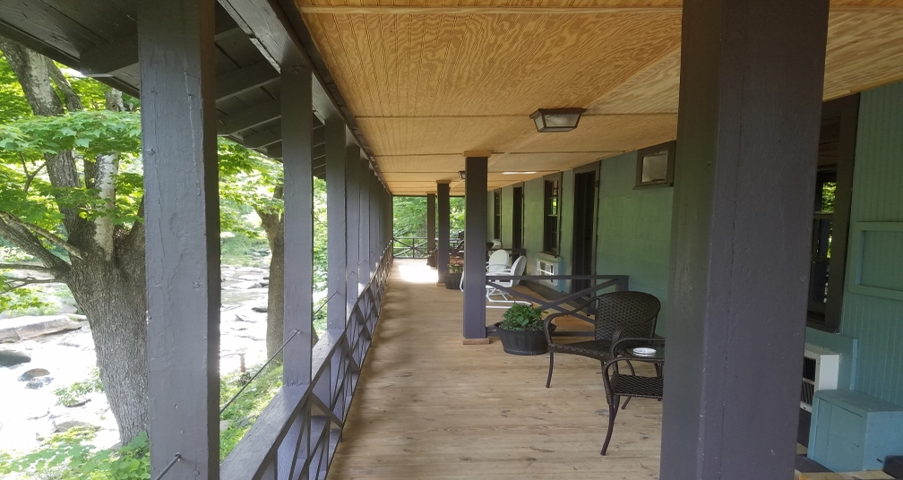 Covered porch where you can relax and enjoy the sounds and views of the river <strong></strong>